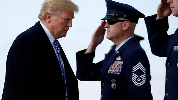 ترامب يعفو عن ثلاثة عسكريين سابقين متهمين بارتكاب جرائم حرب في العراق وأفغانستان
