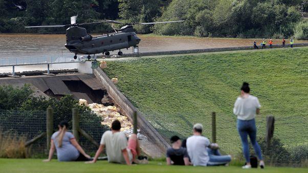 England: Drohender Dammbruch - 6500 Menschen evakuiert