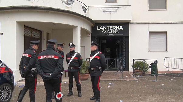 İtalya'da 6 kişinin öldüğü gece kulübü izdihamıyla ilgili hırsızlık çetesi üyeleri yakalandı