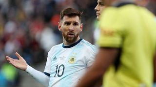 """Lionel Messi es suspendido por tres meses tras decir que la Copa América estaba """"arreglada"""""""