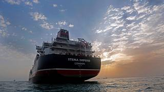 بسبب التهديدات الإيرانية..أمريكا تطلب من السفن التجارية إبلاغها بنقاط توقفها في الخليج مسبقا