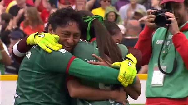 بالفيديو: تعرف على البلد الذي أحرز بطولة كأس العالم للمشردين في منافسات الرجال والنساء