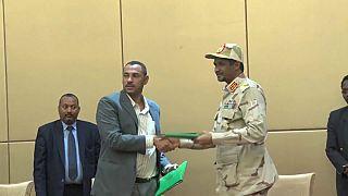 Soudan : le pouvoir aux civils mi-août