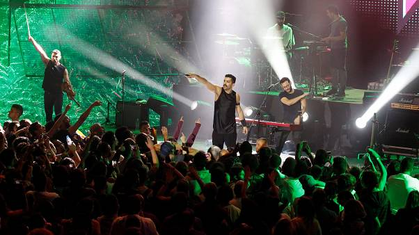 """تضامنا مع """"مشروع ليلى"""" فرقة هولندية تلغي حفلة لها في لبنان"""