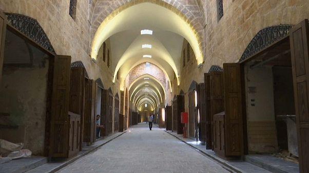 Aleppo: tornano le botteghe nello storico suq