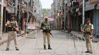 Hindistan Cammu Keşmir'in özel statüsünü kaldırdı: Keşmirli Müslümanlar endişeli