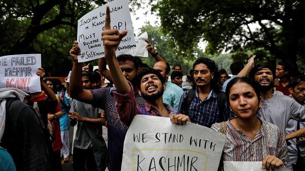 L'India cancella l'autonomia del Kashmir, si temono proteste