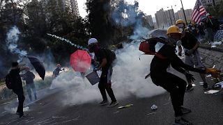 Слезоточивый газ и всеобщая забастовка