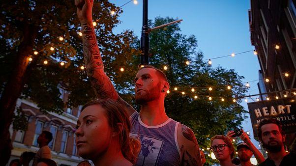 Veillée d'hommages pour les victimes de la tuerie de Dayton