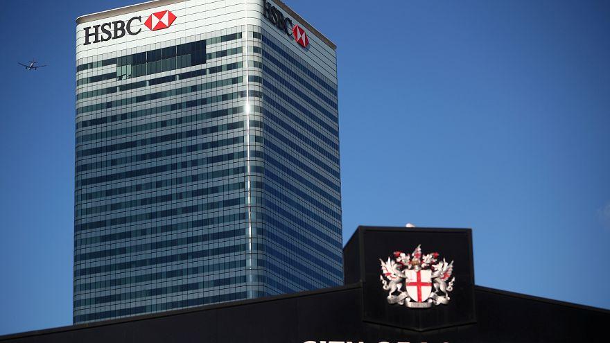 Elbocsátások a HSBC banknál