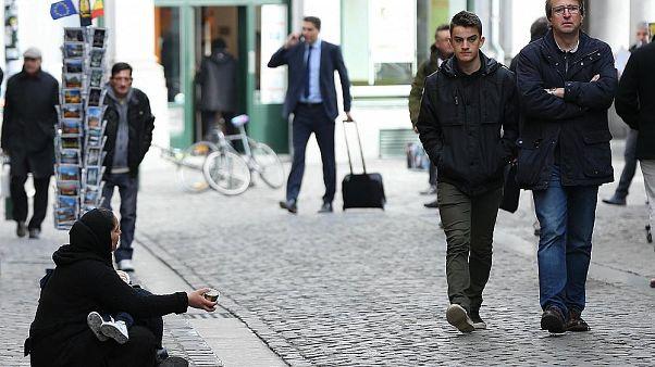 İsveç'te lisanslı dilencilik dönemi başladı: 8 kişi belge aldı