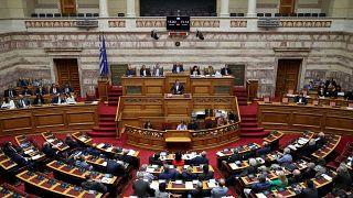 Βουλή: Σε υψηλούς τόνους η συζήτηση του νομοσχεδίου για το «επιτελικό κράτος»