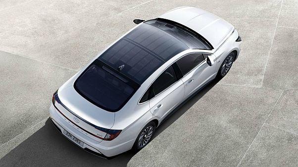 هیوندای جدید با باتری خورشیدی روی سقف به بازار آمد