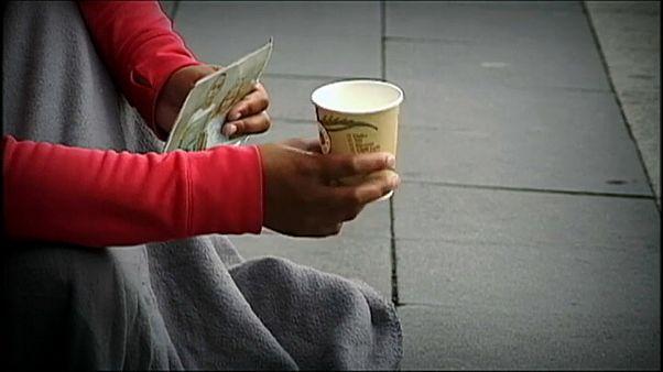 Профессия—попрошайка: в Швеции ввели лицензии на прошение милостыни