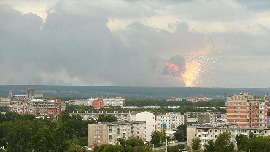 آتشسوزی در یک زاغه مهمات در سیبری روسیه