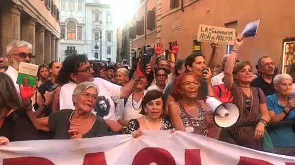 Aláírja-e az olasz államfő a Salvini-törvényt?