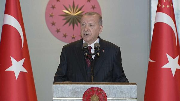 """A szíriai török hadművelet Ankara """"revolvere"""" Washington homlokán"""