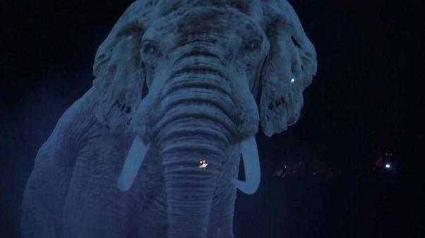 Roncalli: Weltweit erster Hologramm-Zirkus in Deutschland