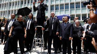 Χονγκ Κονγκ: Και οι δικηγόροι στους δρόμους