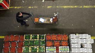 Un Brexit sin acuerdo podría llevar a escasez de productos alimentarios en el Reino Unido