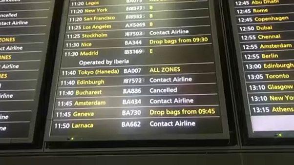 Des dizaines de vols de la compagnie British Airways annulés et retardés