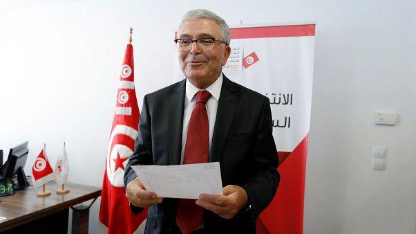 وزير الدفاع التونسي عبد الكريم الزبيدي يستقيل من منصبه ويترشح لانتخابات الرئاسة