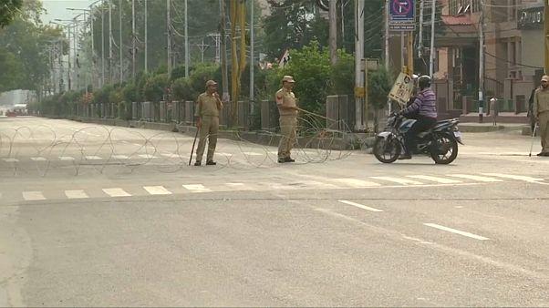 India mantiene el toque de queda sobre Cachemira