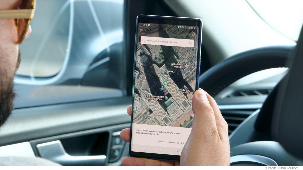 Neue Apps in Dubai: Tanken und Gepäck aufgeben mit dem Smartphone