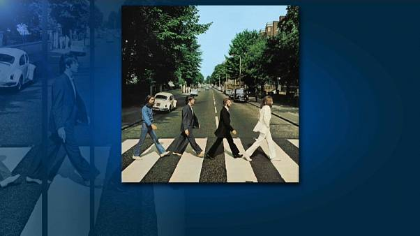 A fotografia de parar o trânsito dos Beatles foi tirada há 50 anos