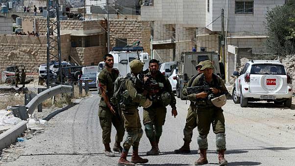مقتل جندي إسرائيلي بالقرب من مستوطنة خارج مدينة الخليل