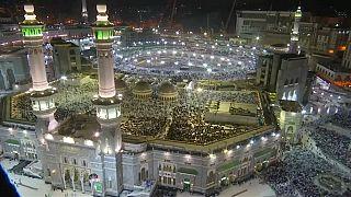 Überlebende der Attentate von Christchurch suchen Trost in Mekka