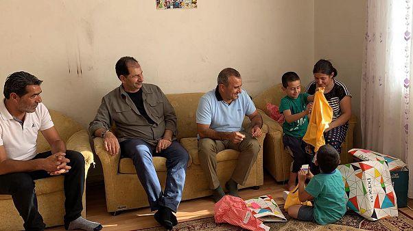 Türkler yurt içi 10 seyahatin 7'sinde akraba veya arkadaşta konaklıyor