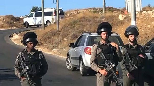 Halálra késeltek egy 18 éves izraeli katonát Ciszjordániában