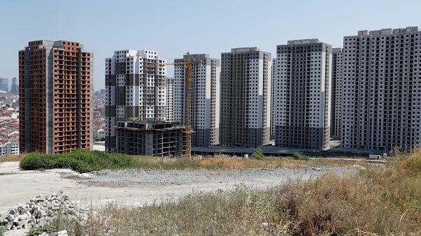Gyorsan nőnek a magyar ingatlanárak, de még mindig nem számítanak drágának