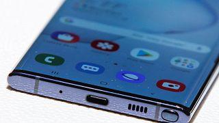 """5 مواصفات مهمة تميز هاتف غلاكسي الجديد """"نوت10"""""""