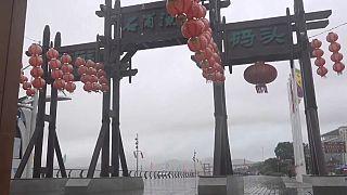Κίνα: Κόκκινος συναγερμός για τον ισχυρό τυφώνα Λέκιμα