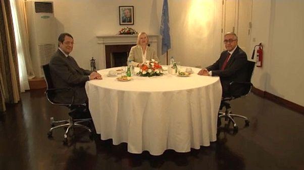 Összeültek a ciprusi görög és török vezetők