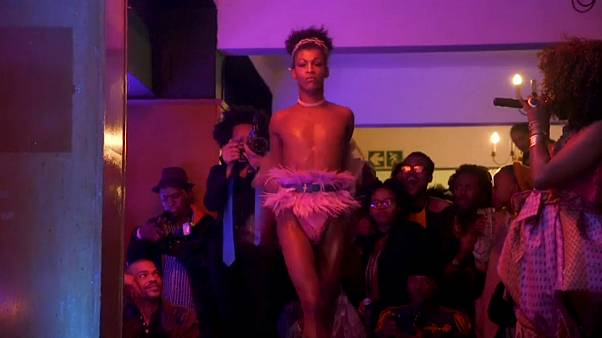 شاهد: حفل لاختيار ملكة جمال المثليين بجنوب أفريقيا