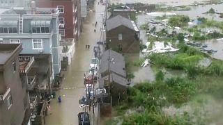 فيديو: ارتفاع عدد قتلى إعصار في شرق الصين إلى30 شخصا على الأقل