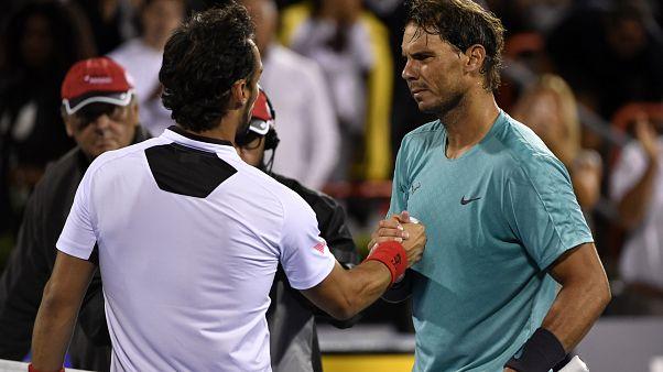 Fabio Fognini e Rafa Nadal alla fine del loro quarto di finale alla Rogers Cup.