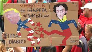 Decine di migliaia di venezuelani hanno dimostrato contro Trump a Caracas