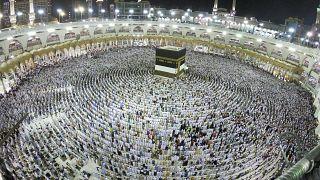 Cerca de 2 millones de peregrinos acuden en estos días hasta la Meca