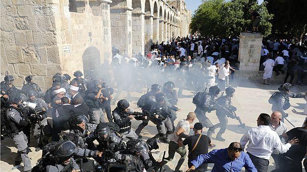 صورة من موقع الاشتباكات بالمسجد الأقصى