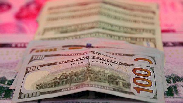 افزایش عرضه ارز به بازار؛ شیب کاهش نرخ دلار تندتر شد