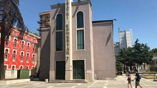 Albaner kämpfen um ihr Nationaltheater