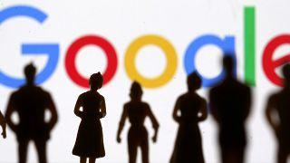 Rusya'dan Google'a protesto uyarısı: Yasa dışı gösterilerin reklamını yapma