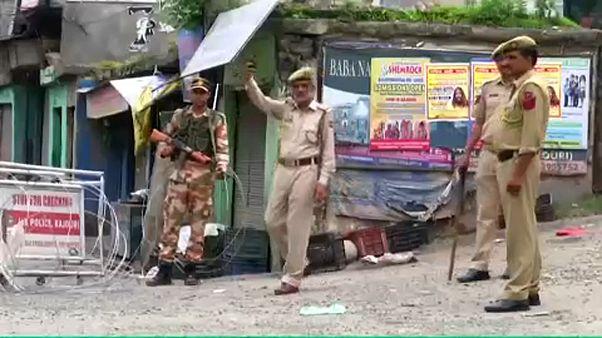 Κασμίρ: Συνεχίζεται το αδιέξοδο