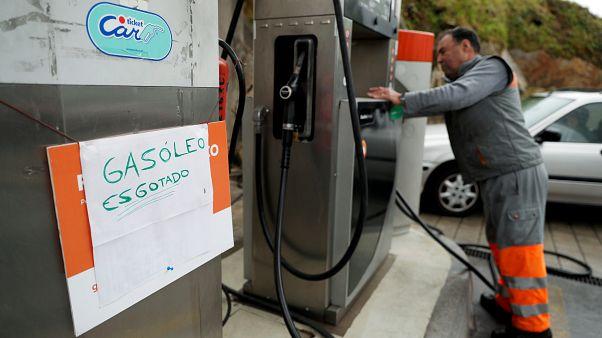 Greve dos motoristas em Portugal: Conselho de Ministros decreta requisição civil