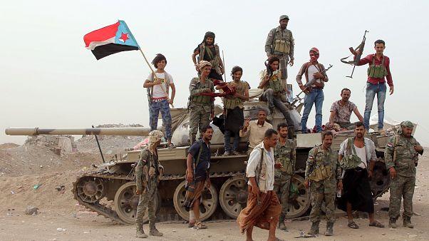 أفراد القوات الانفصالية اليمنية الجنوبية المدعومة من دولة الإمارات العربية المتحدة في عدن، اليمن 10 أغسطس/آب 2019