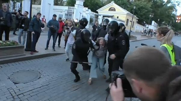 Жесткое задержание в Москве: СК проведет проверку